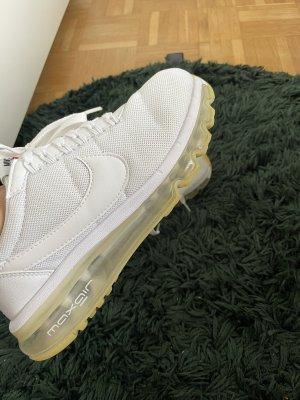 Nike Air High Top Sneaker white