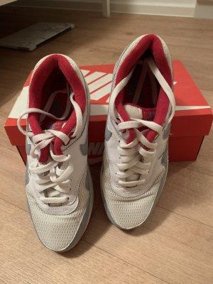 Nike Air Max Essentials