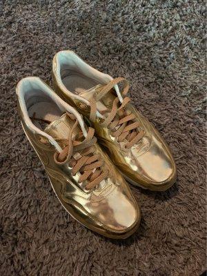 Nike Air Max Liquid Gold