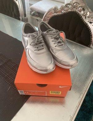 Nike Air Max Metalluc Silber 39