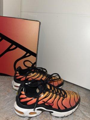 Nike Air Max Plus (GS) orange (Haifisch Nikes)
