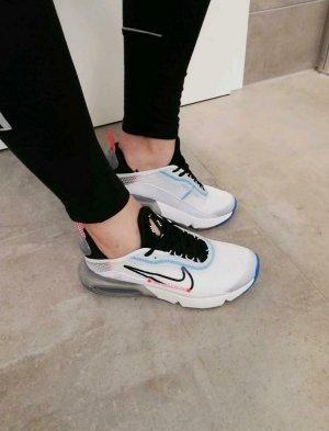 Nike Air Max Sneaker weiß Schlupf neu 38.5
