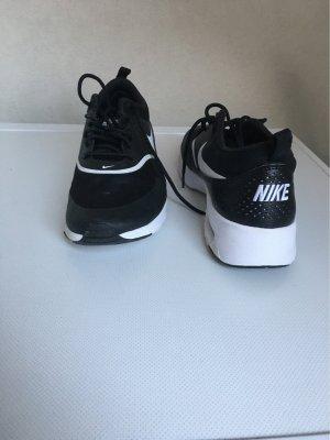 Nike High Top Sneaker black-white