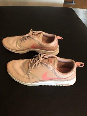 Nike Air Max Thea Gr. 42, passend bei 41