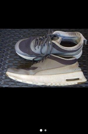 Nike Zapatos brogue gris