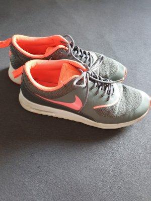 Nike Air Max Thea grau/pink