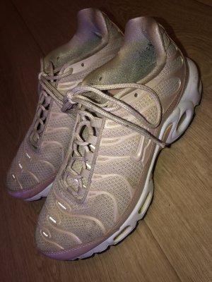 Nike Wysokie trampki w kolorze różowego złota