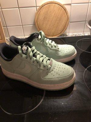 Nike Air - mintgrün - Wildleder - Gr. 41