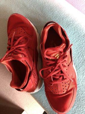 Nike Air, rot, Grösse 38