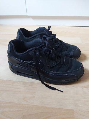 Nike Air Basket à lacet noir