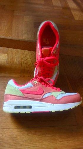 Nike Air Sneaker