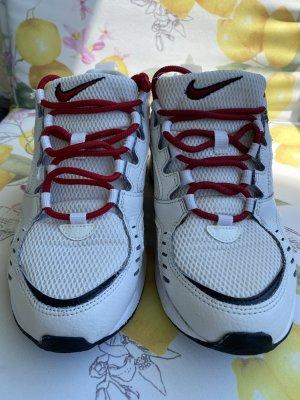 Nike Air Sneaker Gr.38,5