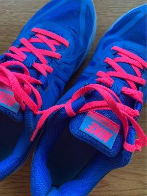 Nike Airmax cooles Farbe