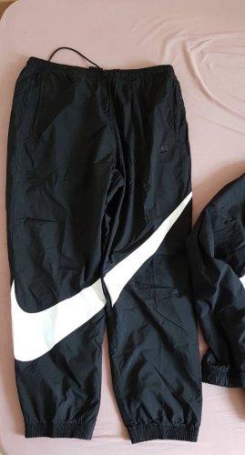 Nike Chaqueta para exteriores negro-blanco