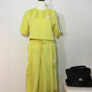 NIKE Anzug gelb Gr. M zitronengelb Shirt Hose Damen