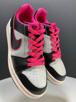 Nike Backboard 2 (GS), Sneaker, Turnschuhe, Gr. 36