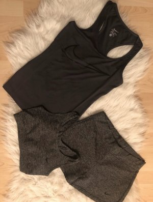 Nike Top sin hombros negro-blanco