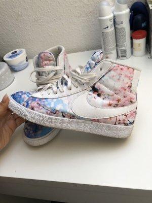 Nike Blazer Flower