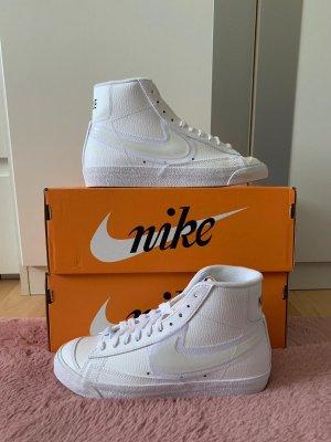 Nike Blazer Gr: 39
