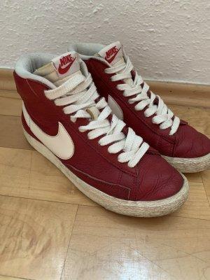 Nike Blazer Leder dunkel rot