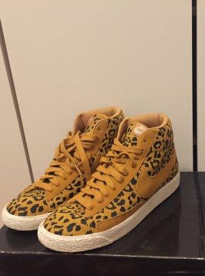 Nike Blazer leopard print