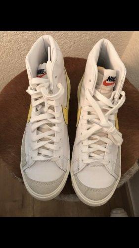 Nike Blazer MID'77 Größe 38,5