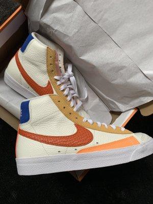 Nike Blazer mid '77 sail/campfire/citron pulse