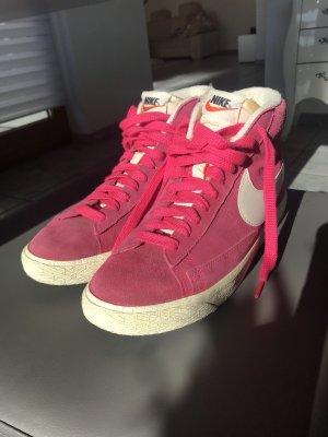 Nike Blazer Sneaker pink