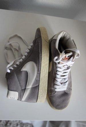 Nike Blazer Suede High Vintage