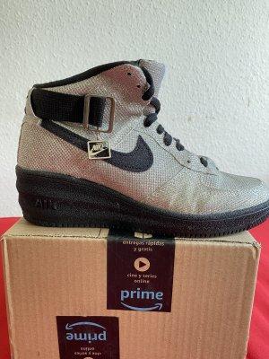 Nike Boots / sneaker Gr.38