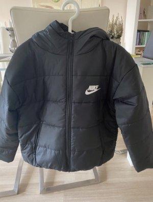 Nike Core Swoosh Jacke