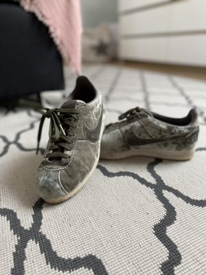 Nike Cortez Khaki Samt