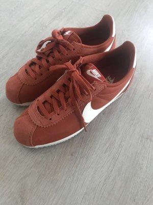 Nike Cortez Rot