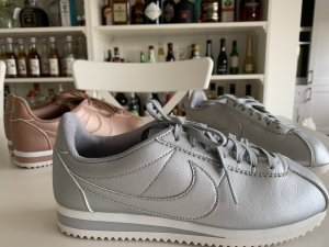Nike Cortez Silber Sneakers Gr.36,5 w.Neu mit OVP