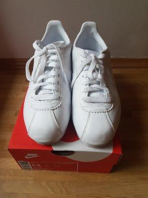 Nike Cortez weiß