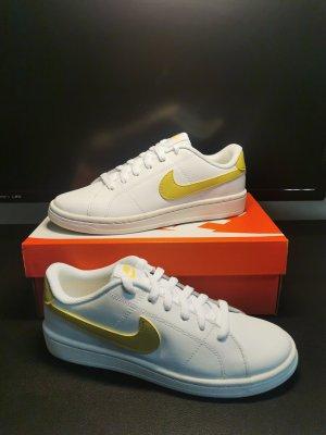 Nike Court Royale Gr. 40