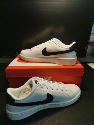Nike Court Royale Gr. 45