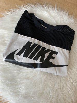 Nike Crop Shirt mit Netzstoff
