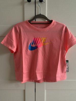 Nike cropped Tshirt