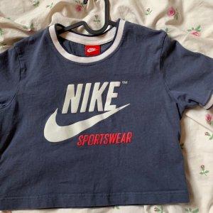 Nike Cropshirt in S