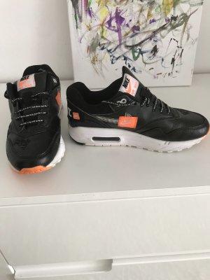 Nike Dame Sneakars