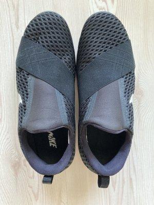 Nike Damen Free Connect Sneaker/Trainingsschuhe Gr. EUR 41