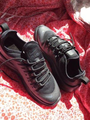 Nike Air Zapatillas con tacón negro
