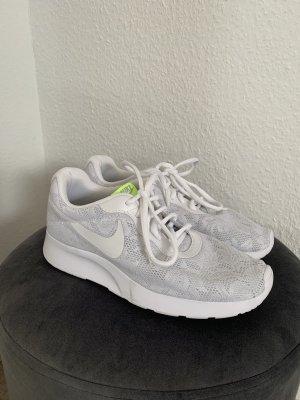 Nike Damen Sneaker weiß Spitze