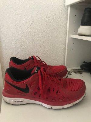 Nike Basket velcro rouge
