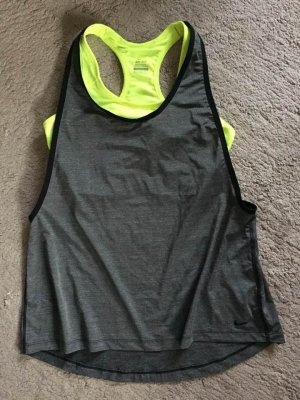 Nike Dri-Fit Sport-Top mit BH