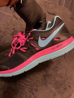 Nike Dual Fusion Sneaker schwarz/pink 41