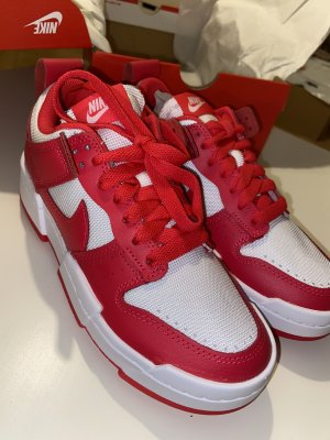 Nike Dunk Disrupt Siren Red