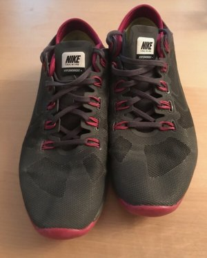 Nike Fitness Schuhe 40