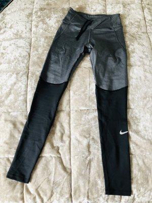 Nike Fitness Tight XS & M